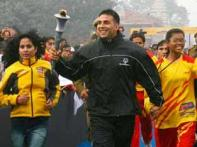 <a href='http://ibnlive.in.com/photogallery/1165.html'>In Pics: Akshay Kumar runs with the Flame of Hope</a>