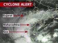 Cyclone nearing west coast, IMD alerts fishermen