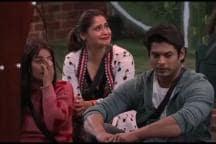 Bigg Boss 13: Shehnaaz Gill Breaks Down as Sidharth Shukla Chooses Arti Singh Over Her