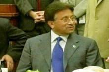 Pak: Police reach Musharraf's house to arrest him