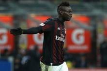 Balotelli target of AC Milan owner Berlusconi's gaffe