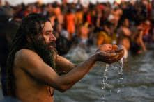 Kumbh 2019: Devotees Throng Sangam for Holy Dip on Paush Purnima