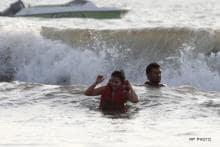 In pics: Mr and Mrs Dhoni make a splash!