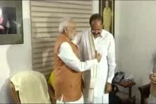 Tamil Nadu Governor, Chief Minister Greet Venkaiah Naidu