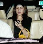 Karan Johar and others at Mannat on Shah Rukh Khan's birthday