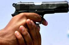 BJP leader's son shoots hawker over free newspaper