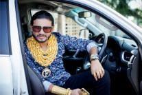 Move Over Bappi Lahiri, the New 'Gold Man' of India, Prashant Laxman is Here