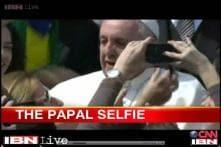 Watch: Pope swarmed by fans seeking selfies with him