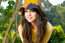 Selena Gomez starstruck by Rachel McAdams