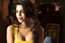 Former Miss India Natasha Suri Accuses Man of Cyber Harassment, FIR Registered