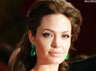 <a href='http://ibnlive.in.com/photogallery/1582.html'>Pics: Top 15 highest paid Hollywood actresses</a>