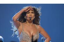 Jennifer Lopez has not given up on her fairytale romance