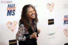 Aerosmith's Steven Tyler turns street musician in Helsinki