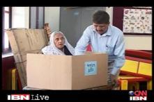 Gujarat Polls: CJ helps the elderly to vote
