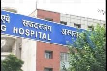 Delhi: Nadda visits Safdarjung Hospital, cleans surroundings