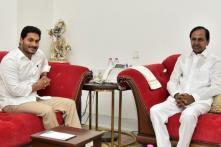 KCR Welcomes Jagan's Three-capital Formula, Cautions against Farmers Protest in Amaravati