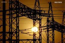 Mumbaikars to enjoy power portability, can now choose between Tata, Reliance