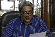 Manohar Parrikar Lauds HAL, ADA on Induction of Tejas Planes