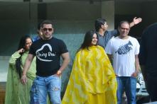 Salman Khan Celebrates Rakhi, Tiger- Jacqueline Promote A Flying Jatt
