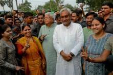 Nitish Kumar hears over 1,000 complaints in 9 hours at 'Janata Darbar'
