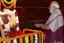 PICS: Politicians Pay Tribute to Netaji on 123rd Birth Anniversary