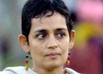 Arundhati rejects Akademi award