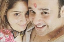 Bigg Boss 13: Krushna Abhishek Posts Heartfelt Note for Arti Singh, Says He's a Proud Brother