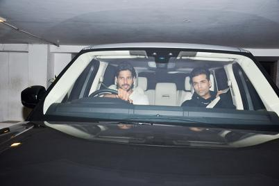 Celebrities Who Own Expensive and Luxurious Cars - Photogallery
