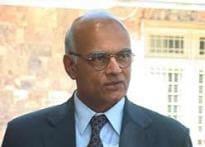Menon discusses Mumbai terror attacks with US officials