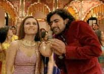 Sneak peek: Rani-Abhishek sizzle in <I>Kachchi Kalian</I>