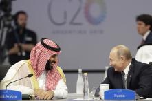 Astounding High Five Between Vladimir Putin, Saudi Crown Prince at G20 Summit Goes Viral