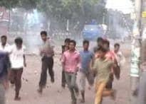 Bangaladesh curfew bid to curb riots