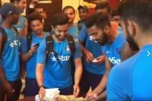 Virat Kohli & Co Get Heroes Welcome at Team Hotel