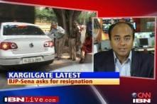 Maharashtra cabinet must resign: BJP-Sena