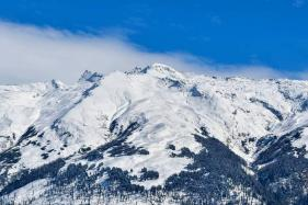 Best Places To Experience Snowfall In India: Gulmarg, Tawang, Leh And More
