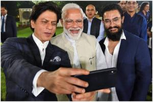 PM Modi's Selfies With Celebrities at #ChangeWithIn Event Go Viral