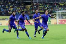 ISL 2019-20 HIGHLIGHTS, Kerala Blasters vs Mumbai City FC: Chermiti Goal, Amrinder Save Gives Win to Mumbai