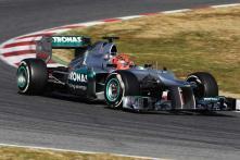 Mercedes flops again in race, blames tires