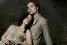 Pattinson avoids personal talk on TV, Stewart happy