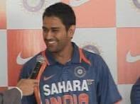 Dhoni, Harbhajan criticised for skipping Padma awards