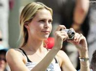 <a href='http://ibnlive.in.com/photogallery/1417.html'> Photogallery: Five beauties at the Wimbledon</a>