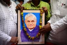Narrow Escape for BJP MP, MLA as Boat Overturns During Vajpayee's 'Asthi Visarjan' in UP