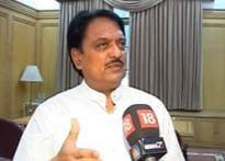 Deshmukh wants Congress to dump NCP