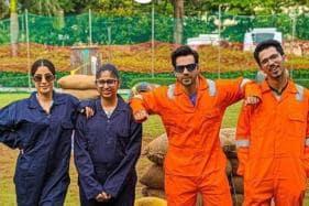 Varun Dhawan, Janhvi Kapoor Play Paintball With Fans