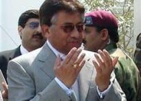 Team Musharraf retreats, calls of emergency plan