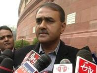 Praful Patel asks airlines to cut fares