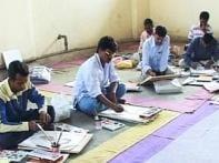 Jail inmates drawing dreams behind bars in Mumbai
