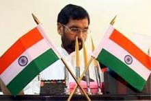 Nitish Kumar's posturing on Modi a charade, says Paswan