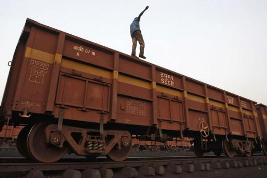 This includes 21,247 wagons of foodgrains, 11,336 wagons of fertilizer, 1,24,759 wagons of coal and 7,665 wagons of petroleum products. (Representative image/Reuters)