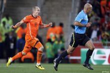 Cruyff critical of Dutch tactics in final